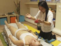 Filipínska liečiteľka Estela Orbito Palaris - Cez moje ruky lieči Boh