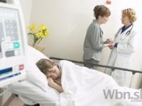 Počet postelí v nemocniciach na Slovensku opät klesol