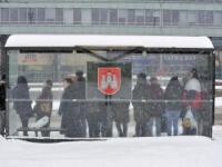V Bratislave nasnežilo, meškajú spoje hromadnej dopravy